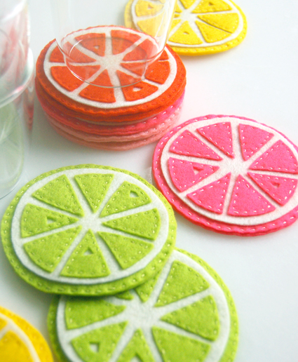 These coasters are so cute and colourful! They're made out of felt and some embroidary thread, that's it! Plus the linked webpage even gives you a free printable of the templates.