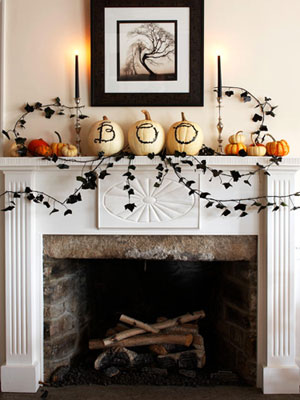 Again white pumpkins...this time they spell out a word! These would look cute in an entryway that the kiddos and their parents ca see when you open the door
